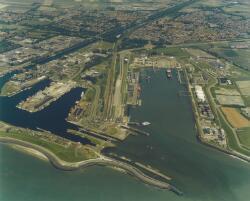 Buitenhaven en Binnenhavens te Vlissingen.