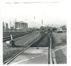 Spoorlijn nabij de Nederlandse Stikstof Maatschappij (NSM) te...