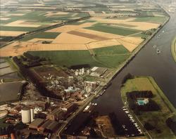 Fabrieken te Sas van Gent Noord, Suiker Unie en CPC, met...