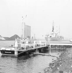 Peilboot H.T. 1 van het Havenschap Terneuzen in de Zevenaarhaven.