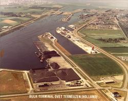 Bulkterminal van Ovet aan de Massagoedhaven in Terneuzen.