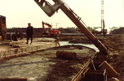 Het maken van een aanlegkade (kade C) in de Massagoedhaven, bestek...