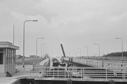 Oostsluis, binnenvaartsluis van Terneuzen.