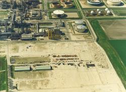Luchtfoto Total Raffinaderij N.V. te Vlissingen-Oost.