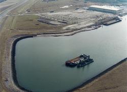 Luchtfoto baggerwerkzaamheden in de Westhofhaven.