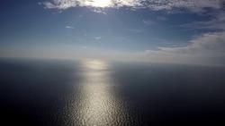 Timelaps windmolenpark op de Noordzee