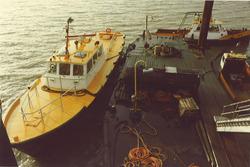 Ponton Vlissingse Bootliedenwacht in Sloehaven met VB 4.