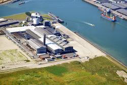 Plangebied vestiging scheepswerf Reimerswaal. De gebouwen op de foto...