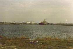 Aanlegsteigers Eurogas Terminals C.V. in de Quarleshaven.