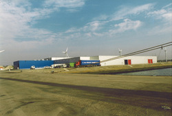 Nieuwe vestiging van Continental Stevedoring Company aan de...