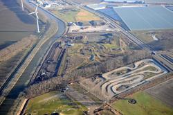 Werkzaamheden op het terrein van Beelen Recycling aan de Finlandweg op...