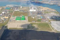 Luchtfoto vanaf de Kaloothaven richting de Sloehaven.