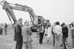 Begin aanleg van de Axelse Vlakte haven ten behoeve van de komst van...