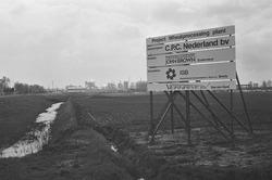 Bouwbord voor het bouwen van een wheatprocessing plant bij C.P.C....