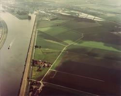 Het kanaal ten noorden van Sas van Gent.