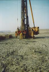 Slaan eerste paal bij Outokumpu Steel Processing op de Axelse Vlakte...