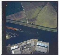 Verticale luchtfoto havengebied Terneuzen, ter hoogte van de...