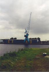Zevenaarhaven, papierloodsen Vebrugge Terminals.