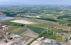 Luchtfoto gebied tussen de Europaweg-Oost en Zeeland Refinery.