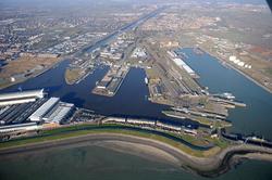 Overzichtsfoto sluizen, Buitenhaven, Eerste Binnenhaven en Tweede...