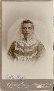 Album Hage, onbekende vrouw met de tekst Belle Hage