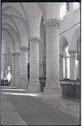 Interieur van de N.H. kerk blik op de zijgallerij