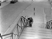 Voetgangersbrug over de spoorwegovergang van de Heuvel richting de Besterd.