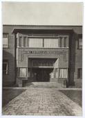 Voorheen Lange Schijfstraat, Hoofdingang St. Odulphus Lyceum
