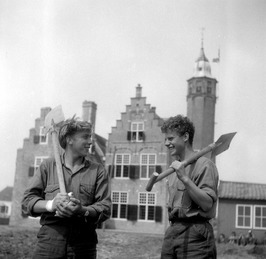 Outward Boundschool gevestigd in het slot Moermond