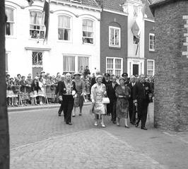bezoek van Koningin Juliana t.g.v. opening Provinciale Griffie