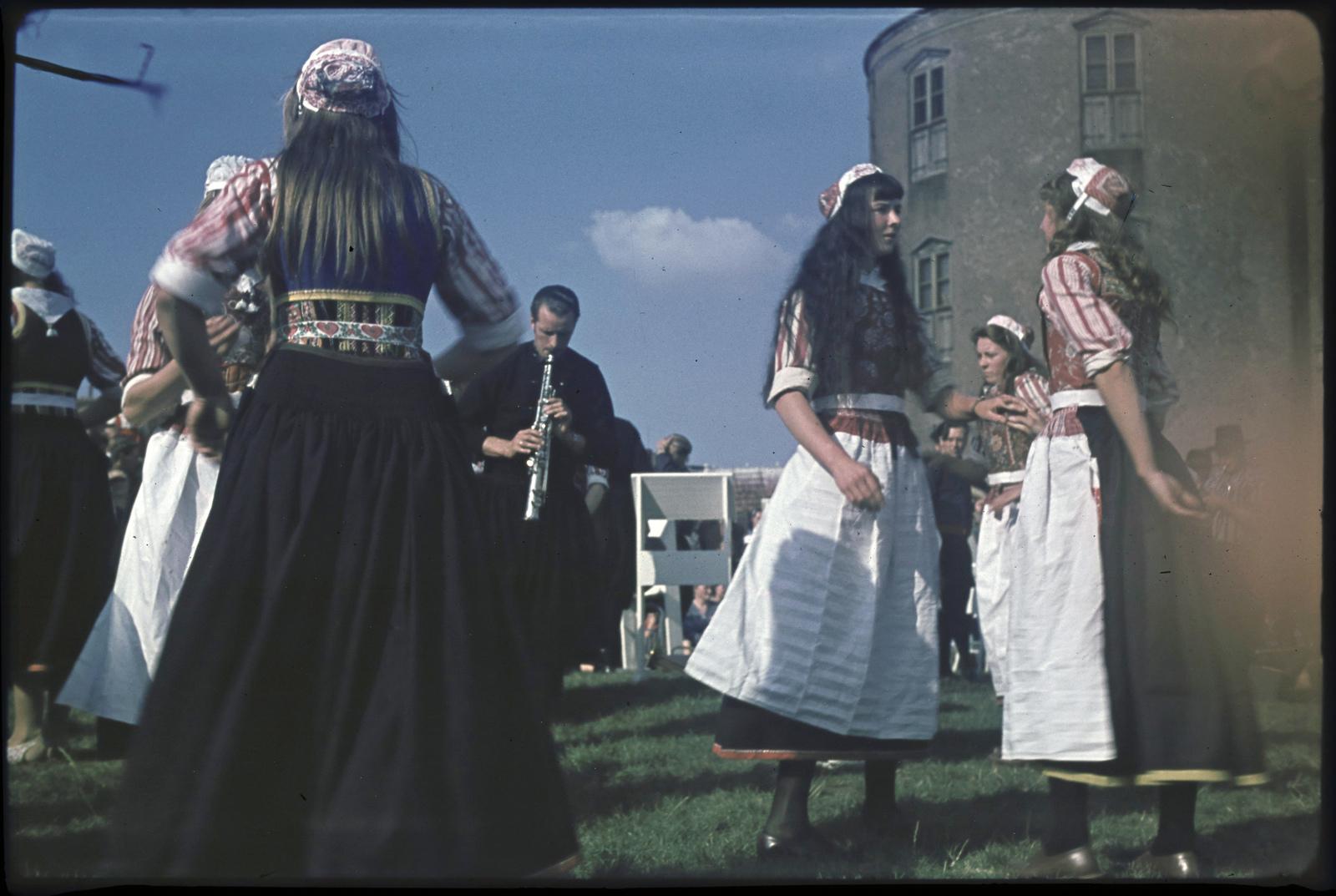 Marker bruiloft op het landje van Top in Enkhuizen