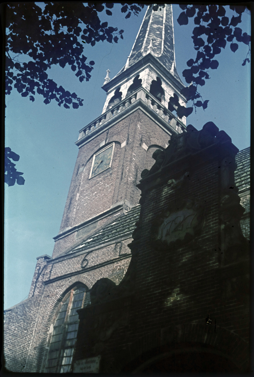 Toren der Ned. Herv. Kerk. te Broek in Waterland