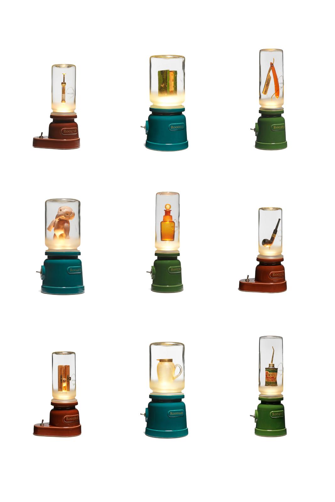 Kast, Jutterskabinet met 9 lichtobjecten