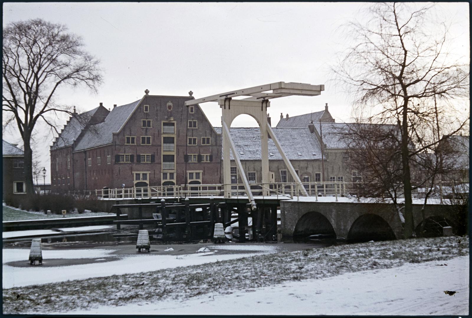 Het Peperhuis en de Compagniebrug