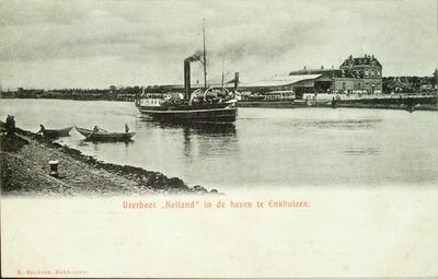 """Veerboot """"Holland""""in de haven te Enkhuizen."""