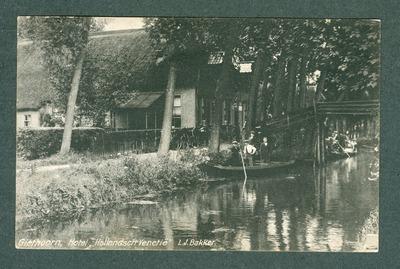"""Giethoorn, Hotel """"Hollandsch Venetië"""" L.J. Bakker."""