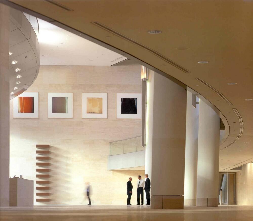 Centrale hal hoofdkantoor, Gustav Mahlerlaan 10, Buitenveldert: interieur