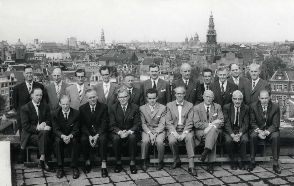 Ondernemingsraad, Herengracht 595-597, Amsterdam met o.a. directeur Jan van den Brink