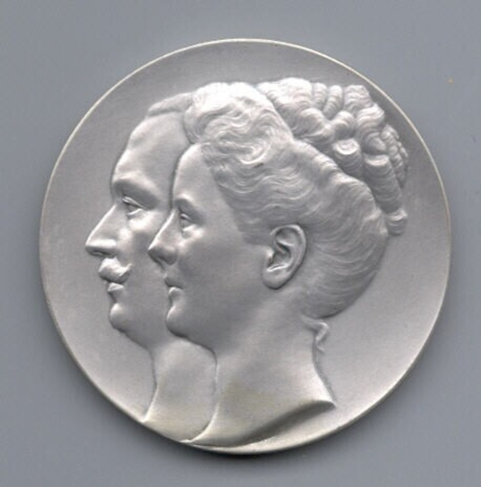 Huwelijk van Koningin Wilhelmina met Hendrik Wladimir Albrecht Ernst, hertog van Mecklenburg-Schwerin.