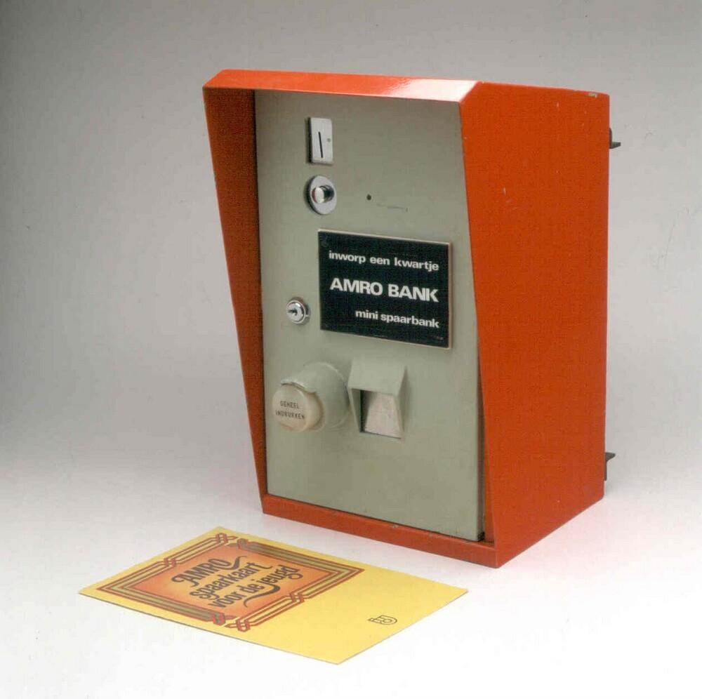Amro Bank mini-spaarbank; spaarautomaat