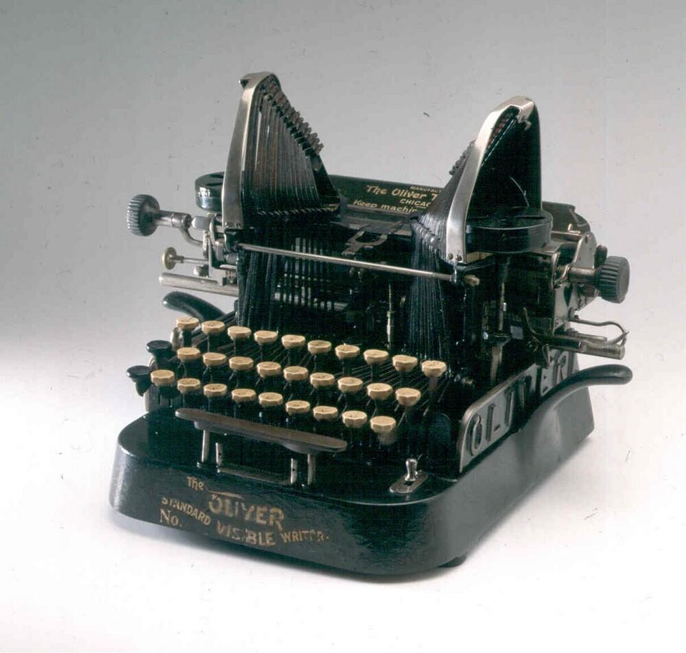 Schrijfmachine Oliver Type 5