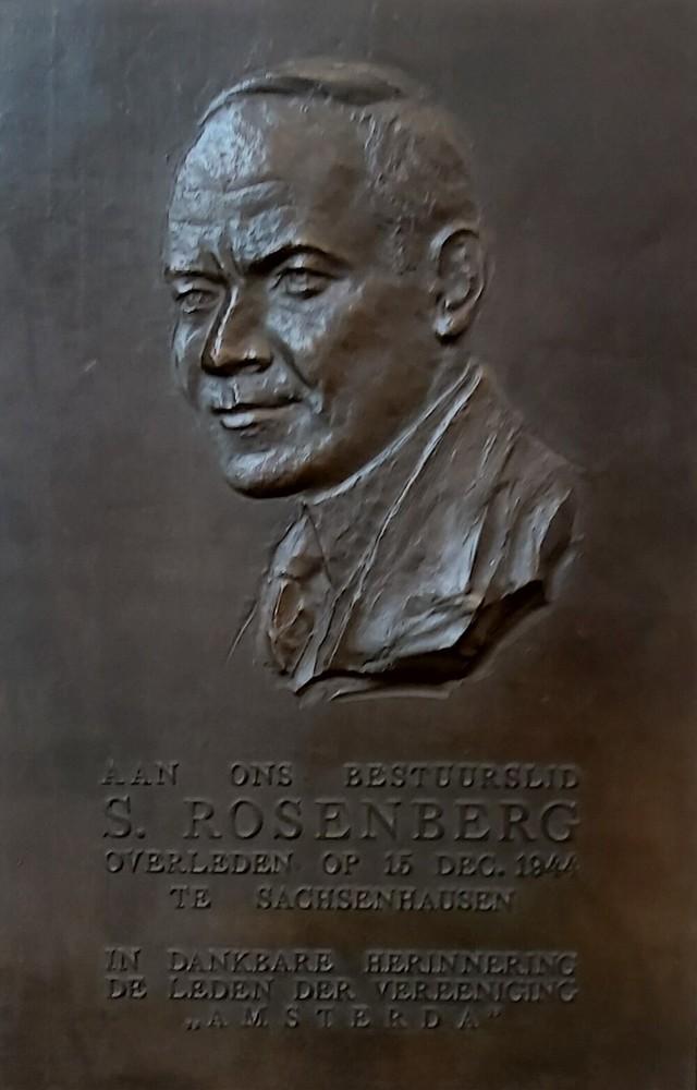 S. Rosenberg, herdenkingsplaquette overleden medewerker tijdens Tweede Wereldoorlog