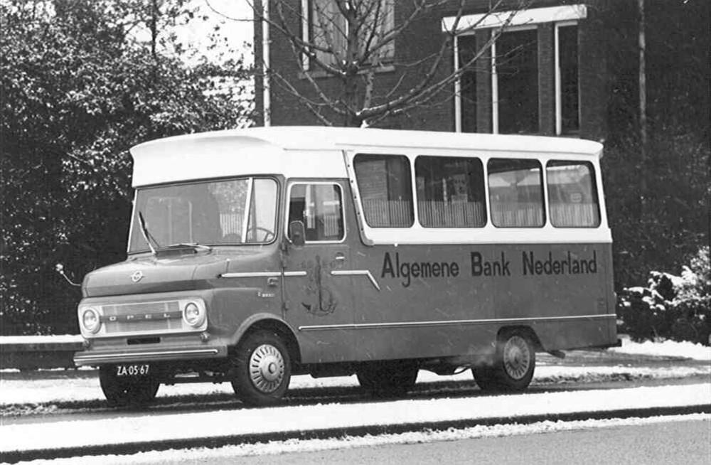 Enschede: rijdend bijkantoor