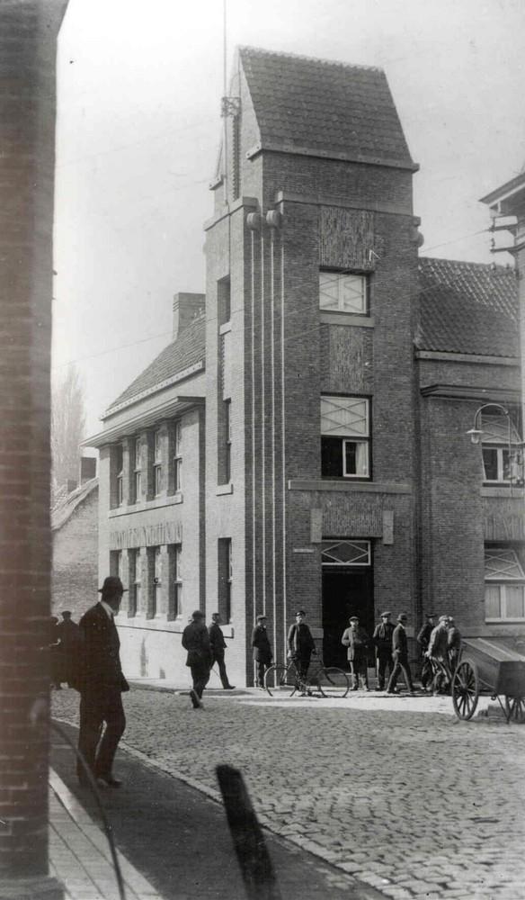 Nationale Bankvereniging. Terneuzen, Nieuwstraat 4/Korte Kerkstraat 4