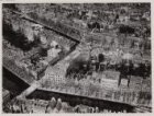 Luchtfoto van de Keizersgracht (onderaan) en omgeving gezien in noordwestelijke …
