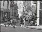 Eerste Leliedwarsstraat, straatbeeld met spelende kinderen