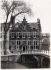 Oudezijds Voorburgwal 247 (ged.)-249 (v.l.n.r.)