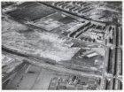 Luchtfoto van de Jan Evertsenstraat (midden links) en omgeving in aanleg gezien …