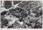 Luchtfoto van de Plantage Middenlaan (midden) en omgeving gezien in noordwesteli…