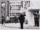Bezoek Brits koningspaar, kranslegging bij het Nationaal Monument